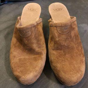 UGG Clog Heels tan Size 9